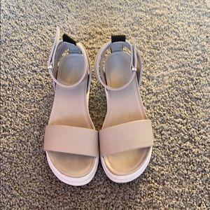 Gray platform sandal